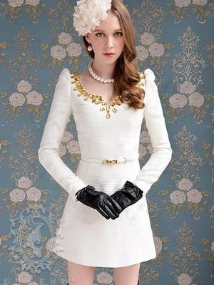 С чем сочетать белое платье?