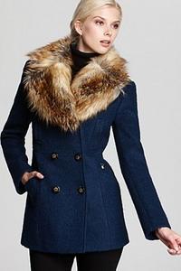 Драповое пальто с отделкой из меха 2015-2016
