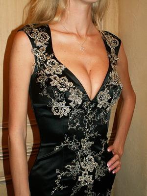 как украшает обыкновенное платье отделка кружевом