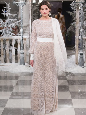 Шикарное вязаное платье сезона осень-зима 2015-2016