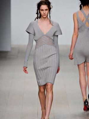 модные вязаные платья осень зима 2018 2019 фото модных моделей