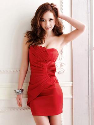 Красное мини-платье 2016