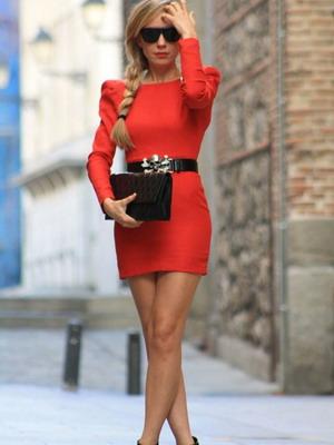 Красное платье 2016