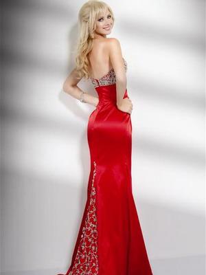 Вечернее красное платье 2016