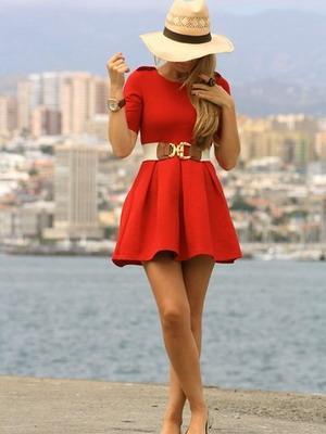 Модное красное платье 2016