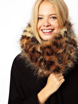 Модные женские шарфы 2017 года зима