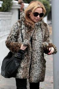 Норковая шуба зима 2015-2016 года с леопардовым принтом