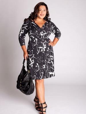 Симпатичное платьишко для полных 2016
