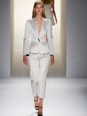 Мужская одежда для женщин: женский смокинг
