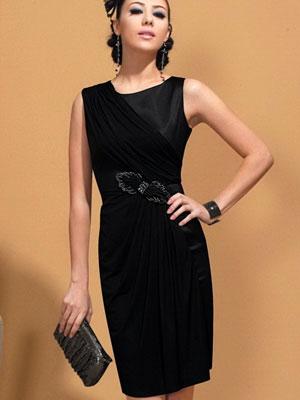 Черные платья из атласа фото