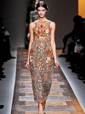 Модное платье в русском народном стиле  с подиума