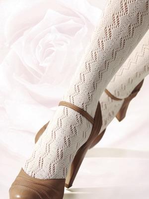 Белые ажурные колготки и обувь