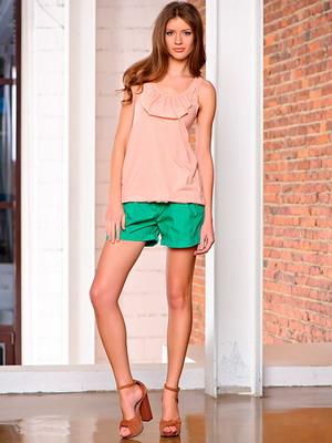 С чем можно носить шорты летом
