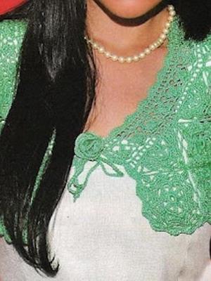 Зеленая кофта вязанная крючком