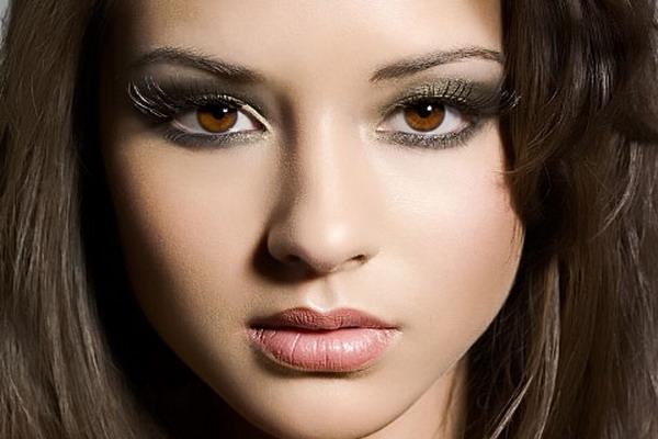 Школьный макияж для карих глаз девочек