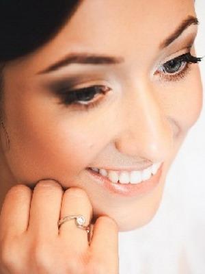 Фото макияж для зеленоглазых брюнеток