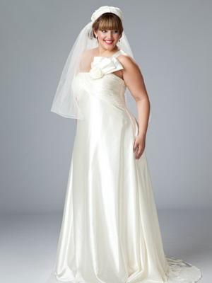 Модное свадебное платье 2018 для полной невесты