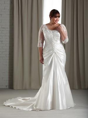 Модное красивое свадебное платье 2018 для полной невесты