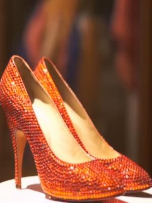 Лаковые туфли-лодочки