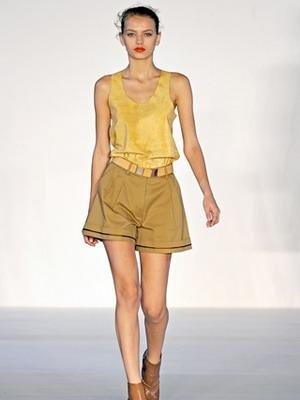 Широкие фасоны женских шорт