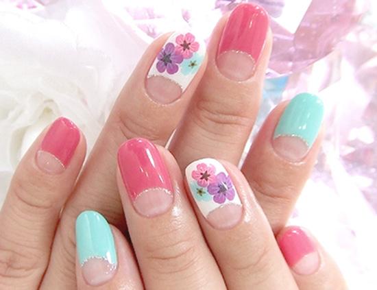 Как накрасить ногти в пастельных тонах
