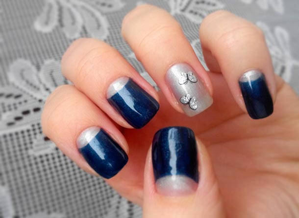 лунный маникюр в два цвета синий и серебро