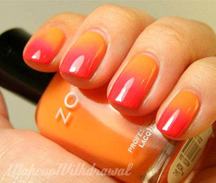 Как накрасить ногти двумя цветами плавно