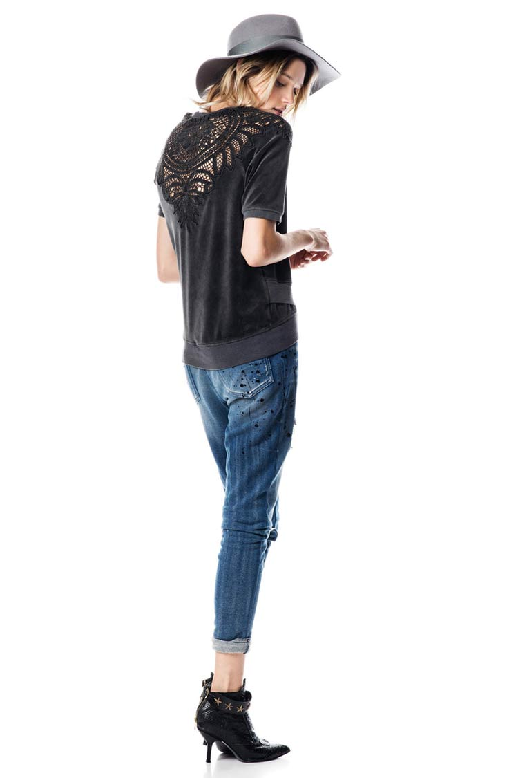 Стильные джинсы на новогоднюю вечеринку 2016