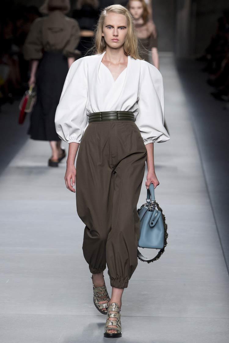 Стильные брюки в моде весной летом 2016