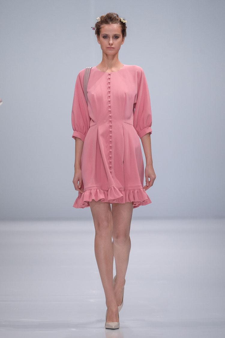 Мода 2018 на цвета и оттенки - бледно розовый