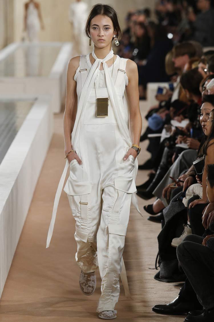 Модные ткани весна-лето 2021 - атлас