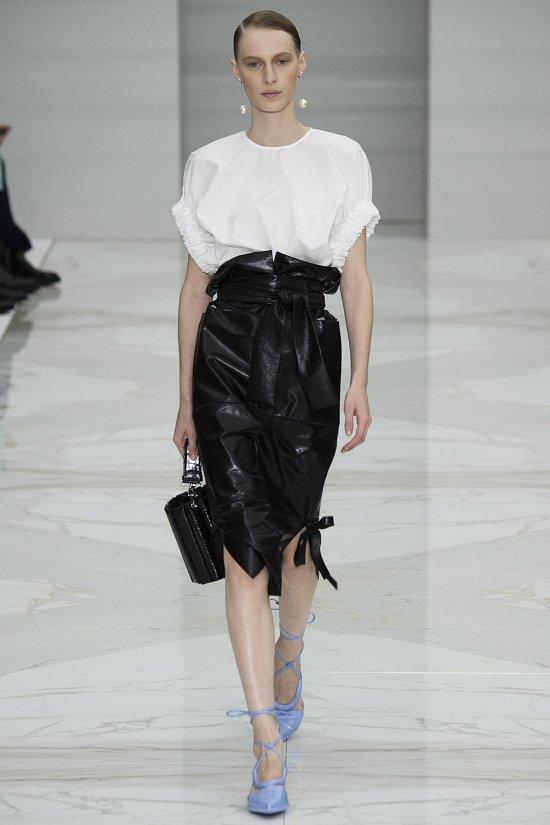 Мода весна-лето 2016-белая рубашка