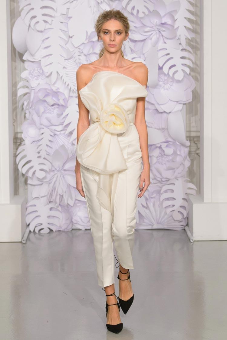 Белые модные брюки весна-лето 2016
