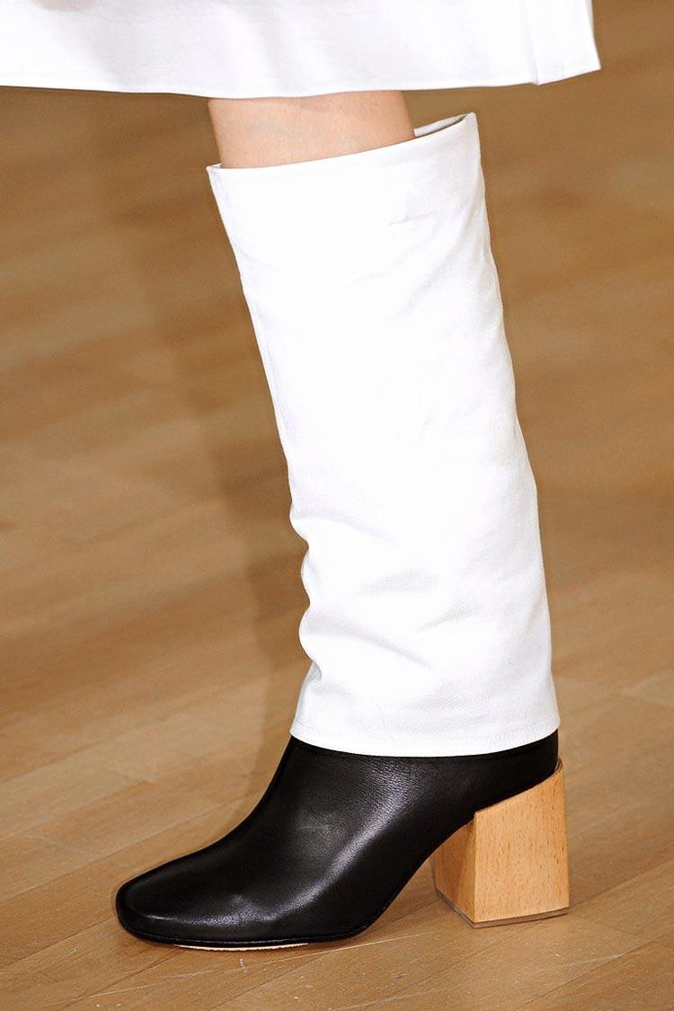 Модные сапоги на устойчивом каблуке весна 2016