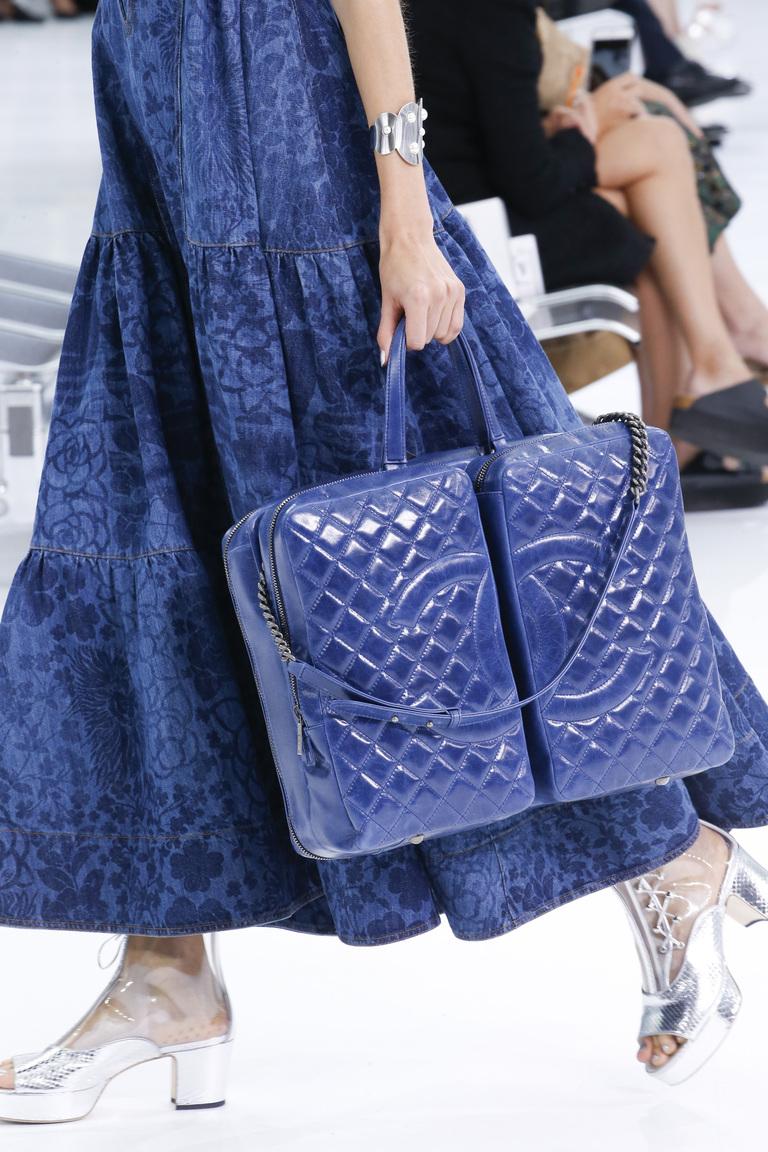 Темно синий принт сумки весна лето 2016