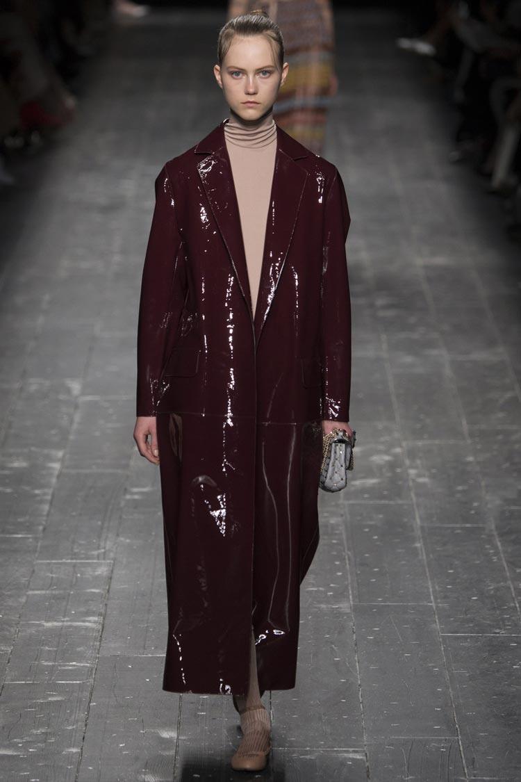 36fa3ace23b Видео  коллекция сезона осень-зима 2018-2019 известного бренда модной одежды  Topshop.